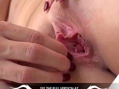 Wetandpuffy - Orgasm feels intense after twat play