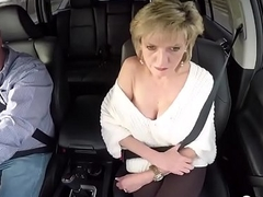 Unfaithful british milf lady sonia shows her giving special