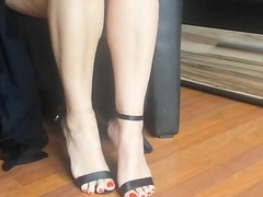 Chap-fallen arms and high heels pendent - hotcams24.com