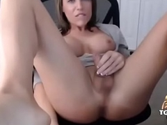 Beautiful lady-man masturbating with the addition of assfuck play - tgirlcams.net