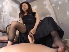 Yuuki Tsukamoto knows astonishing moves when it comes connected with load of shit - More at hotajp com
